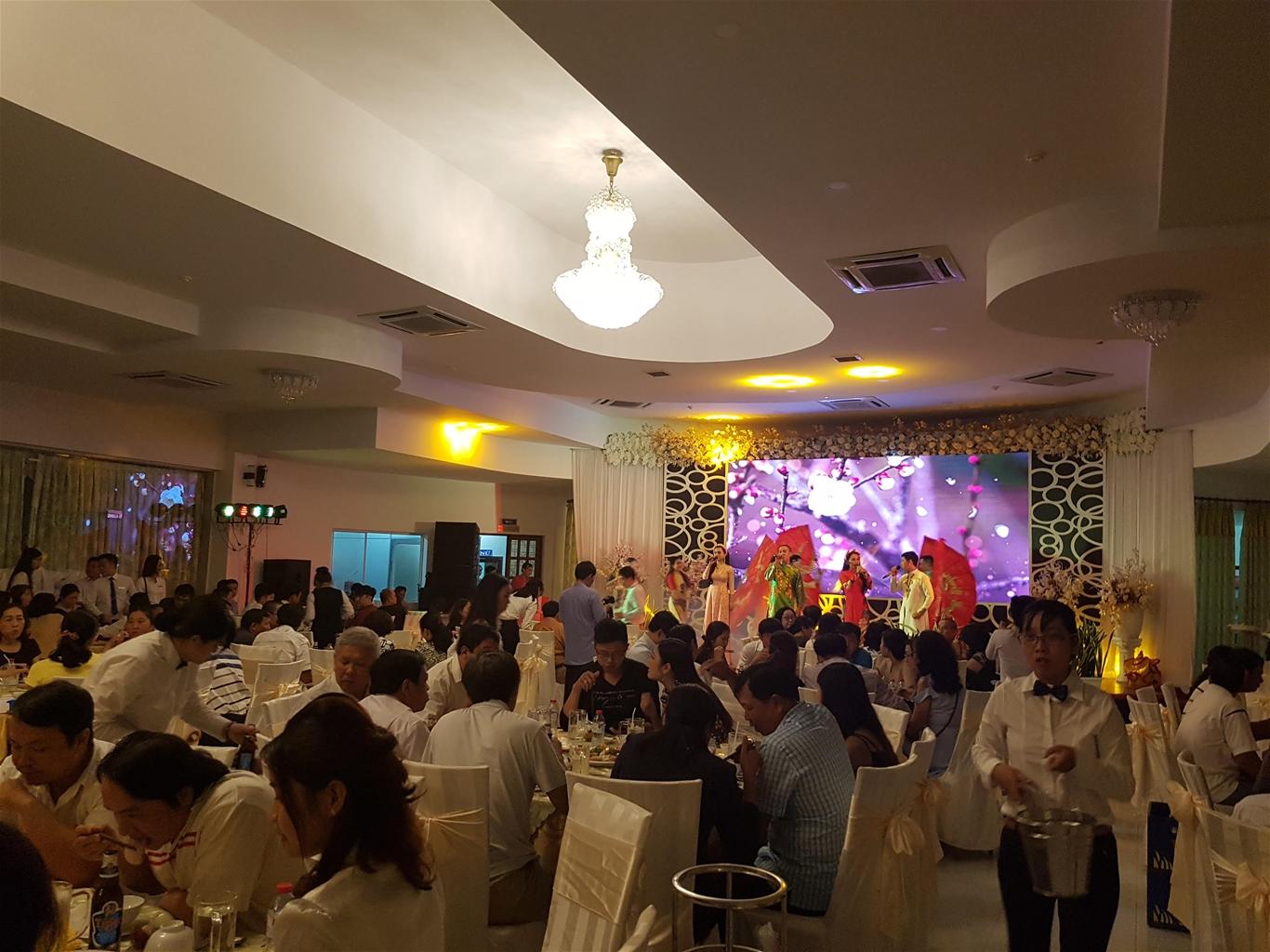 Chương trình Ca múa nhạc Đón Tết – Chào xuân do Đoàn Nghệ thuật An Giang biểu diễn