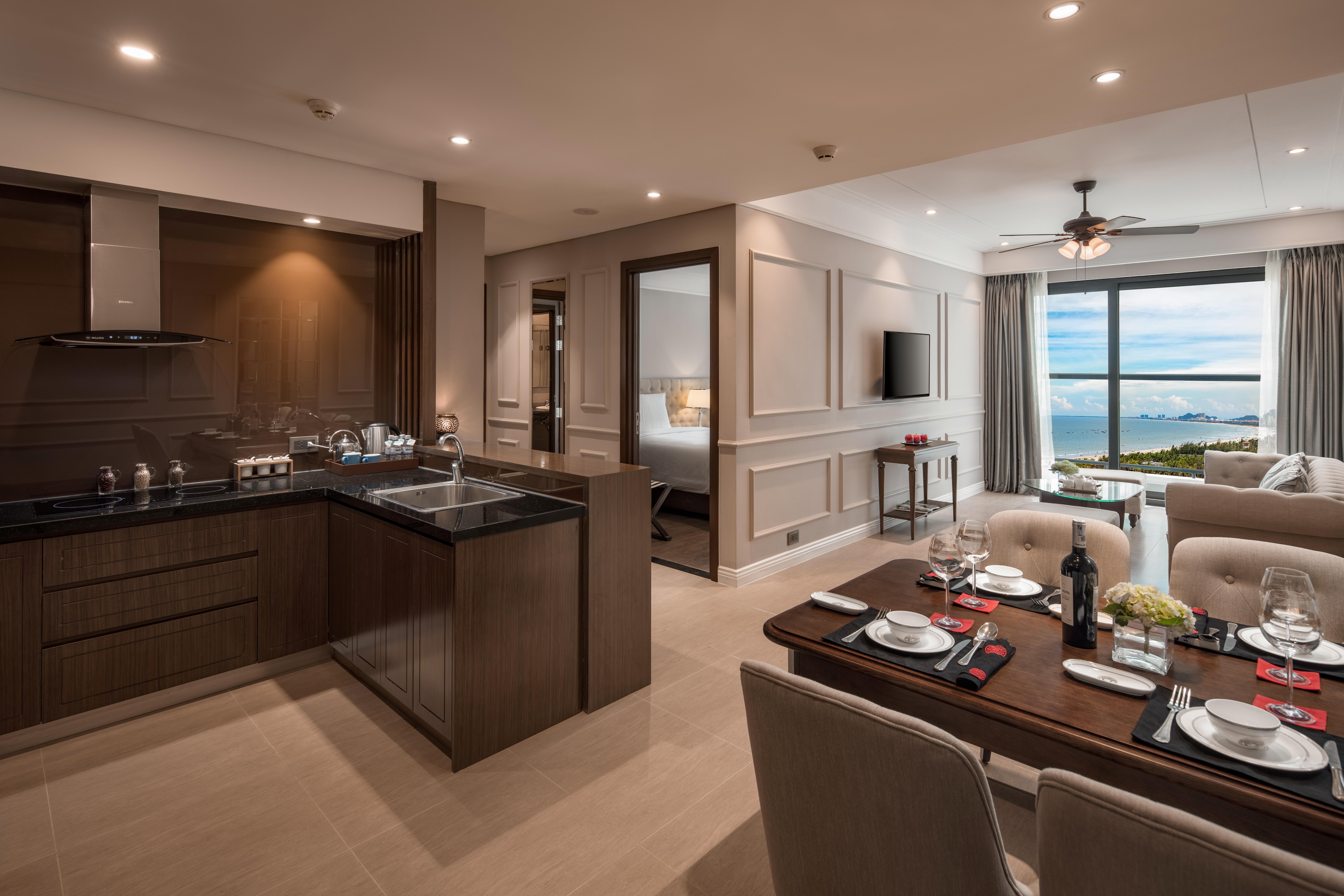Không gian nghỉ dưỡng đẳng cấp và thoải mái tại Altara Suites Đà Nẵng.