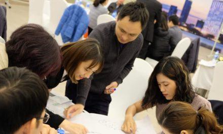 Tập đoàn Alphanam đào tạo nội bộ cho lãnh đạo tại hội trường của Virex