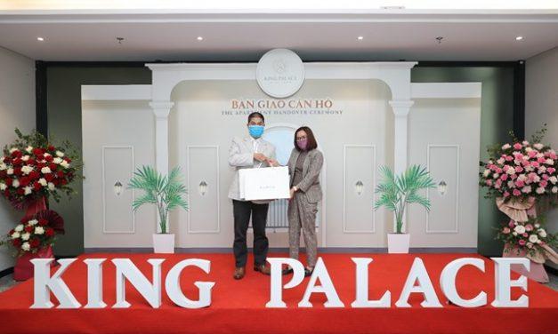 Căn hộ đẳng cấp King Palace bàn giao tới khách hàng