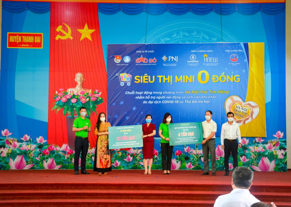 Read more about the article VIREX cùng các thành viên Alphanam Green Foundation tham gia Siêu thị mini 0 đồng tại huyện Thanh Oai, Hà Nội