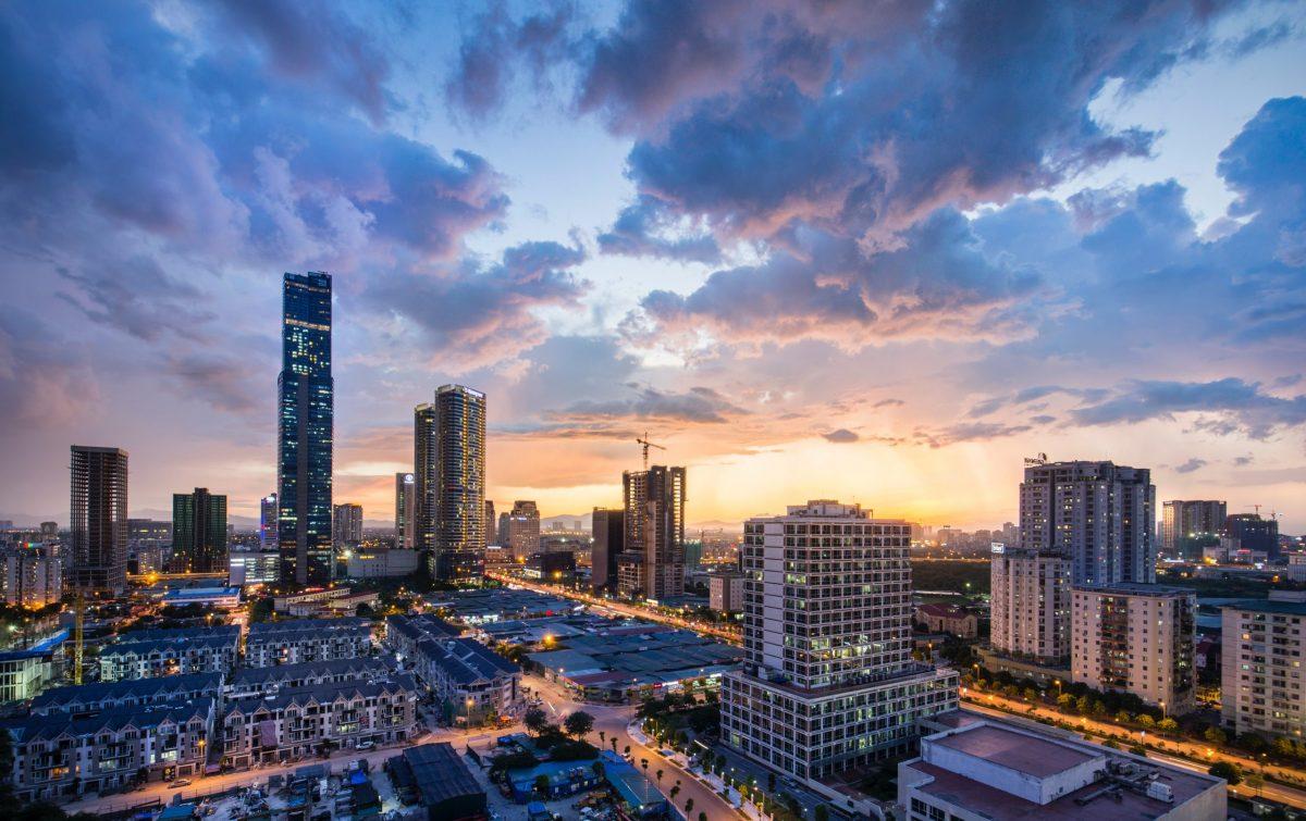 Read more about the article Dòng tiền đầu tư có quay lại ồ ạt đổ vào bất động sản những tháng cuối năm?